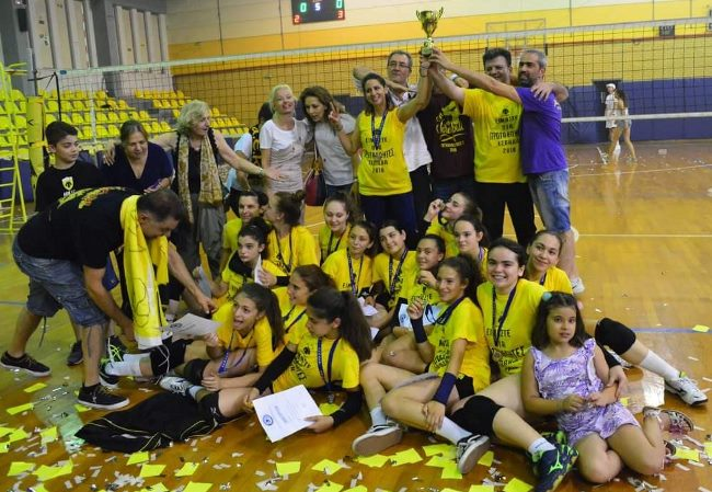 volley-pagkorasides2-champion-2018