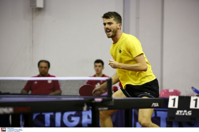 aek-obeslo-ping-pong-table-tennis-celebration