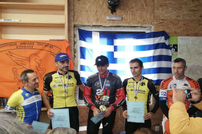 aek-winners-podium-cycling-men