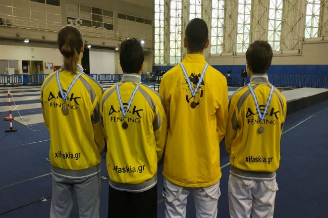 aek-fencing-xifaskia-metallia-paides-neoi