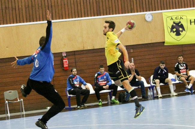 aek-handball-drama-georgiadis-try