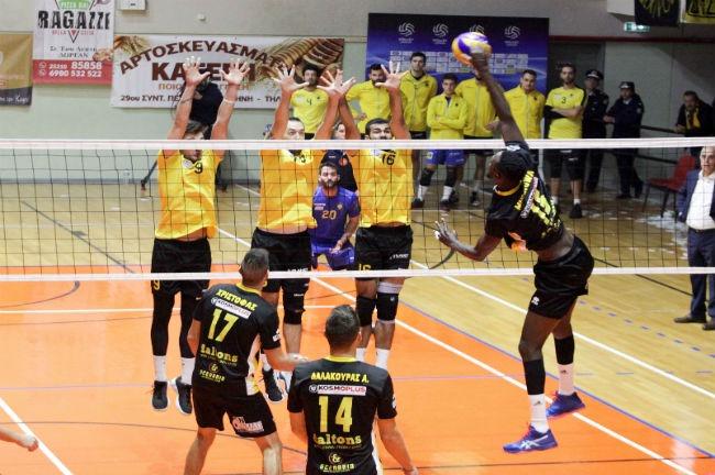 komotini-aek-volley-play-block
