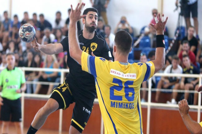 milonas-aek-handball-aris