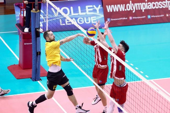 olympiacos-osfp-aek-volley-kanellos