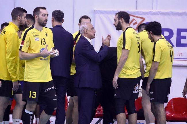olympiacos-osfp-aek-volley-team-omada-neofitos