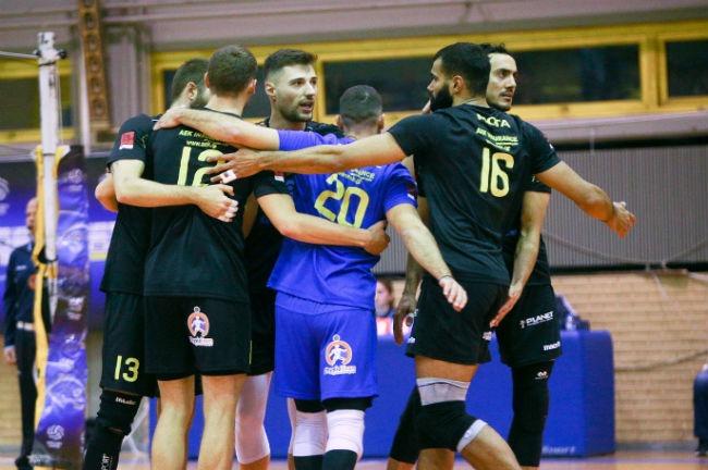 aek-ethnikos-volley-volleyball-team-omada-omadiki-agkalia