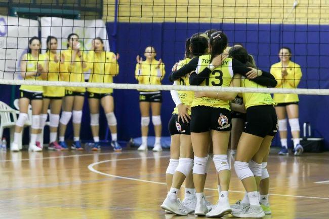 aek-lamia-women-volley-volleyball-ginaikon-ginaikwn-gynaikon-gynaikwn-omada-omadiki-agkalia-team