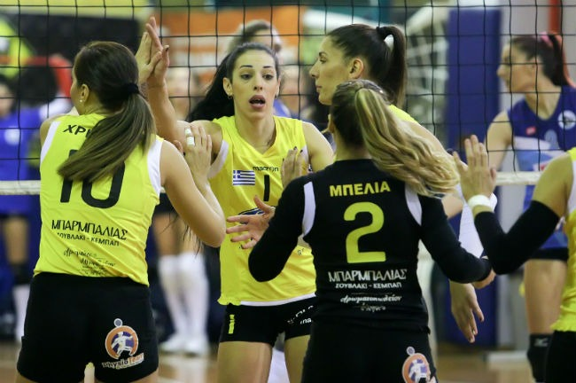 aek-lamia-women-volley-volleyball-ginaikon-ginaikwn-gynaikon-gynaikwn-team-omada-omadiki-point