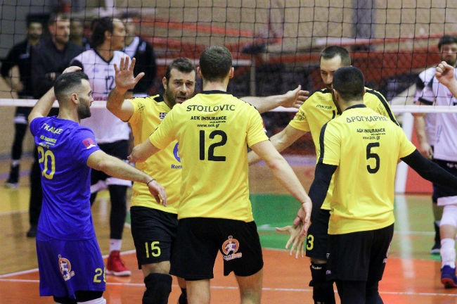 aek-paok-volley-volleyball-men-andron-andrwn-team-omada-omadiki-point