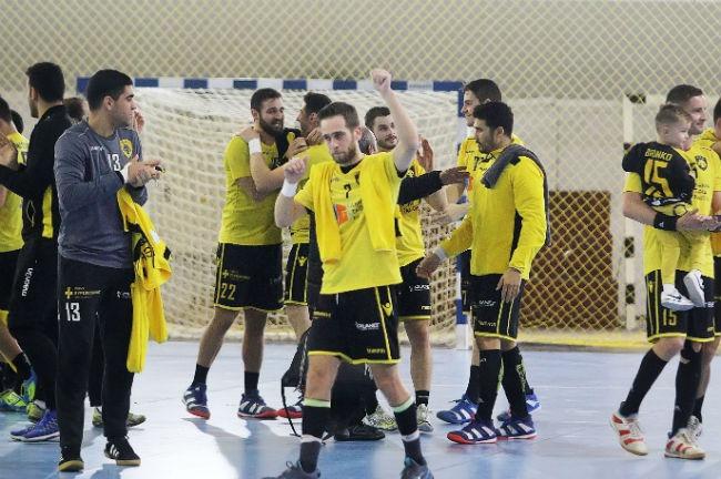 aek-xanth-handball-omada-omadiki-xeirokrotima-georgiadis-team-oloi