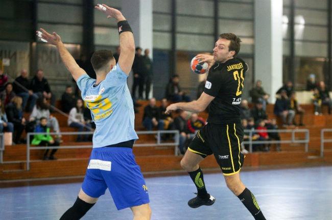 aek-aris-nikaias-handball-jakobsen-goal
