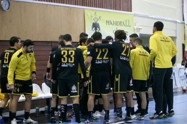 aek-aris-nikaias-handball-team-omada-omadiki