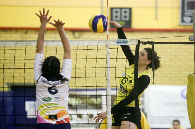 aek-artemis-women-volley-volleyball-ginaikes-gynaikes-totsidou-up