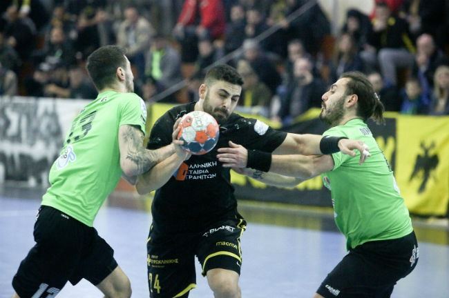 aek-diomidis-handball-cup-milonas-mylonas-foul