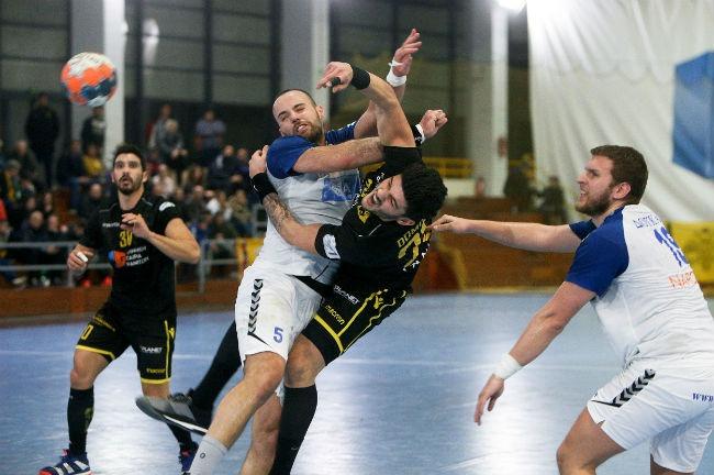 aek-doukas-handball-dompris-dobris-goal