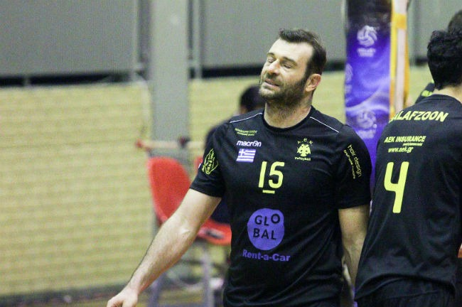 aek-osfp-olympiacos-volley-volleyball-men-andron-andrwn-lappas-2