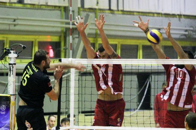 aek-osfp-olympiacos-volley-volleyball-men-andron-andrwn-lappas-epithesi-2