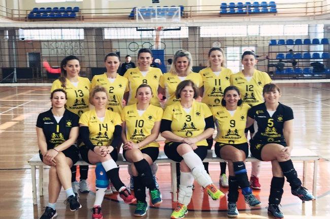 aek-vintage-volley-team-omada-omadiki