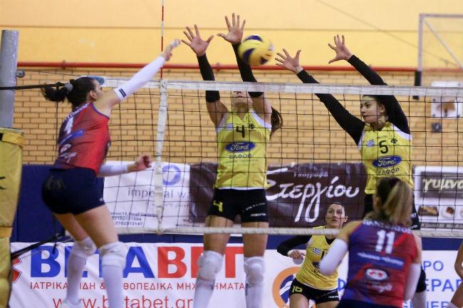 aek-women-volley-volleyball-ginaikes-ginaikon-gynaikwn-block-giovani-zigka