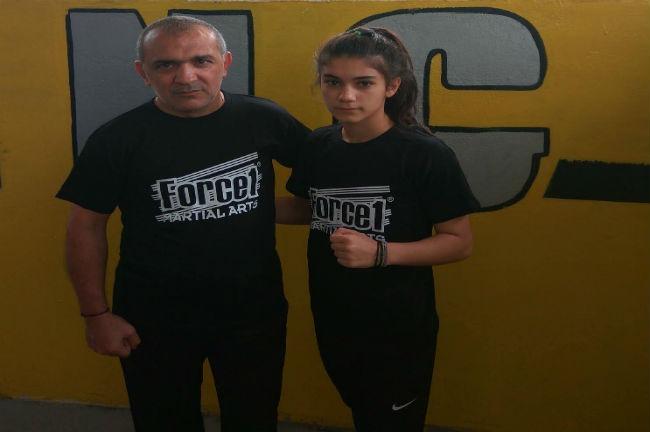 mikaelian-xolidi-cholidi-aek-pigmaxia-pygmaxia-box-boxing