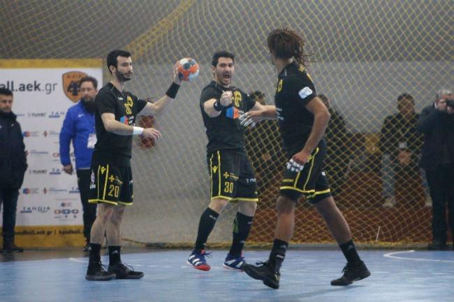 aek-osfp-olympiacos-handball-argirou-passion-argyrou-darsuland-bagios