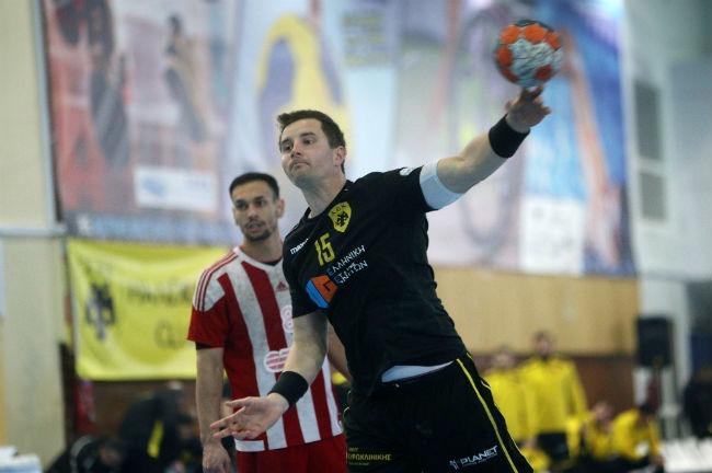 aek-osfp-olympiacos-handball-balaz