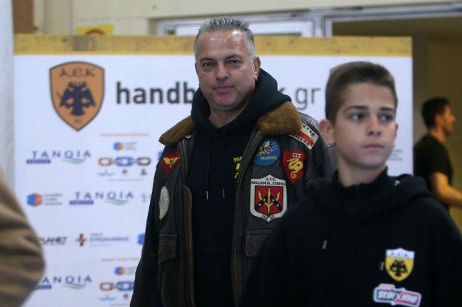 aek-osfp-olympiacos-handball-dimitriadis