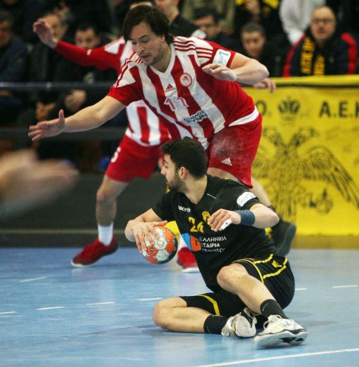 aek-osfp-olympiacos-handball-milonas-mylonas