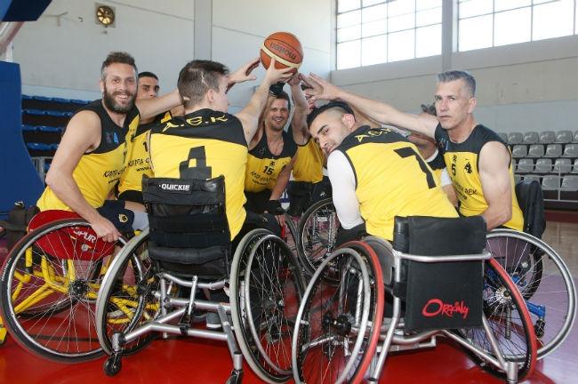 aek-basket-amaxidio-team-omada-omadiki-fotografisi-ball