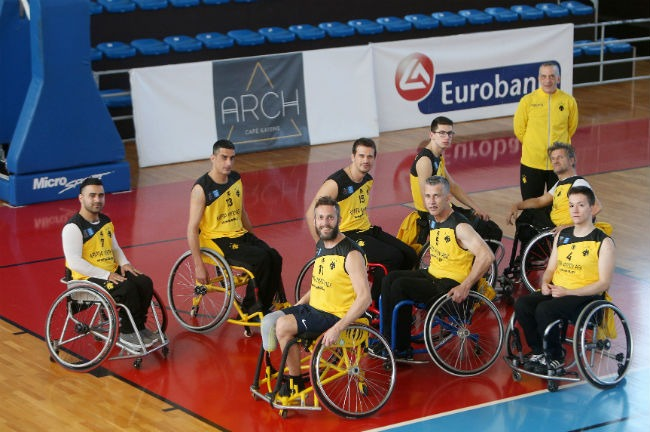 aek-basket-amaxidio-team-omada-omadiki-fotografisi-smile