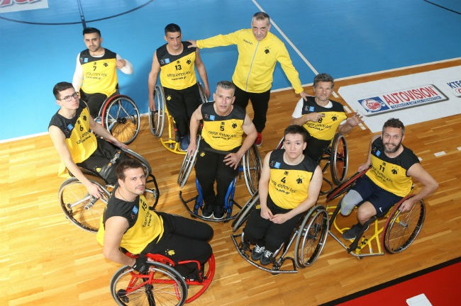aek-basket-amaxidio-team-omada-omadiki-fotografisi-up