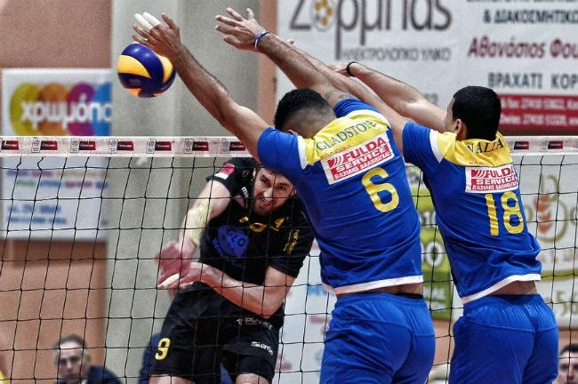 pamvochaikos-aek-men-volley-volleyball-andriko-ibragimov-epithesi