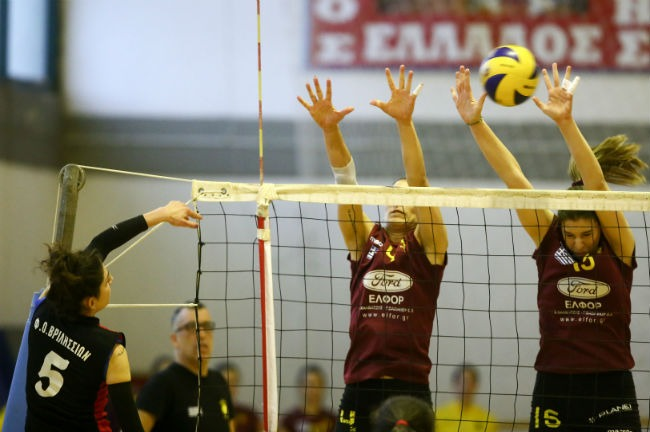 vrilissia-aek-women-volley-volleyball-2-block