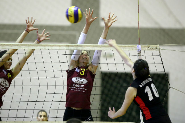 vrilissia-aek-women-volley-volleyball-block
