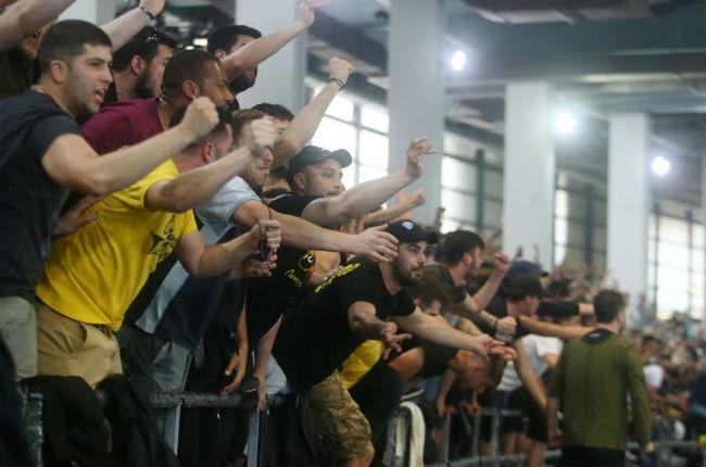 aek-osfp-olympiacos-handball-fans-laos-kosmos-pathos-passion