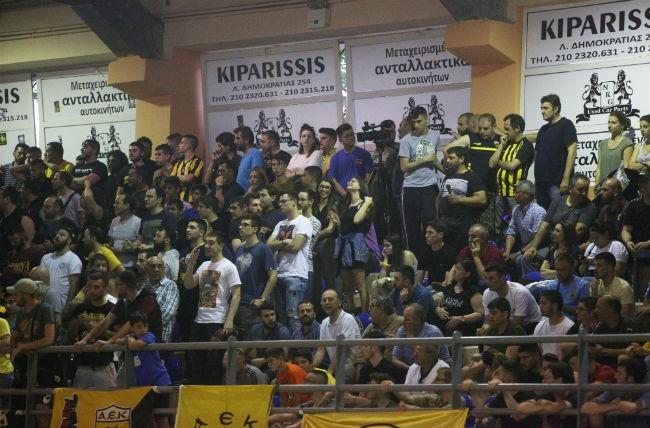 aek-pao-panathinaikos-futsal-salas-fans-kosmos-laos