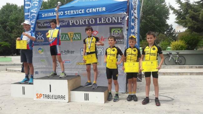 aek-podilasia-cycling-academy-podium