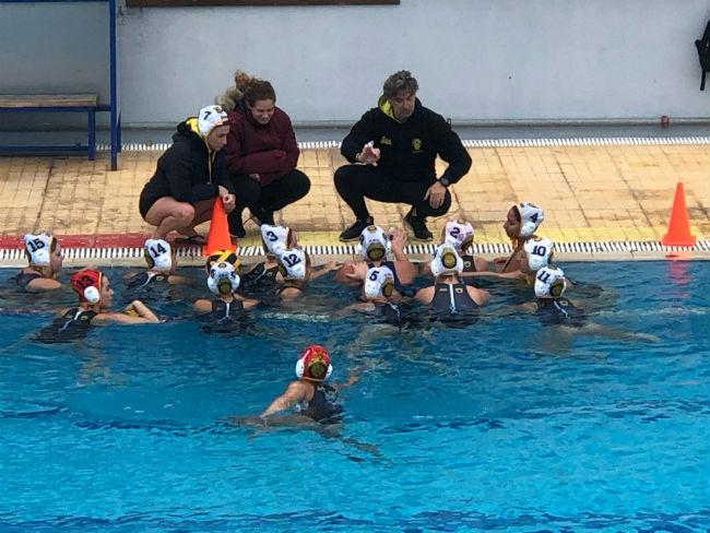 aek-chios-women-waterpolo-play-gynaikes-team-omada-omadiki