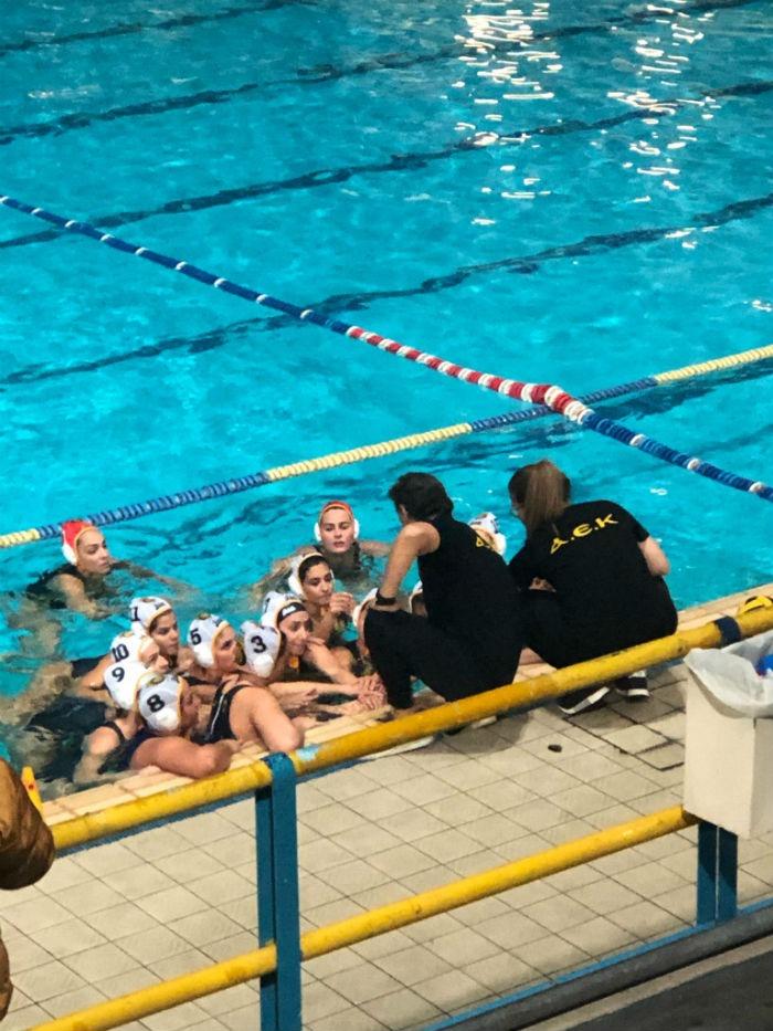 aek-waterpolo-gynaikes-women-team-omada-omadiki11212111