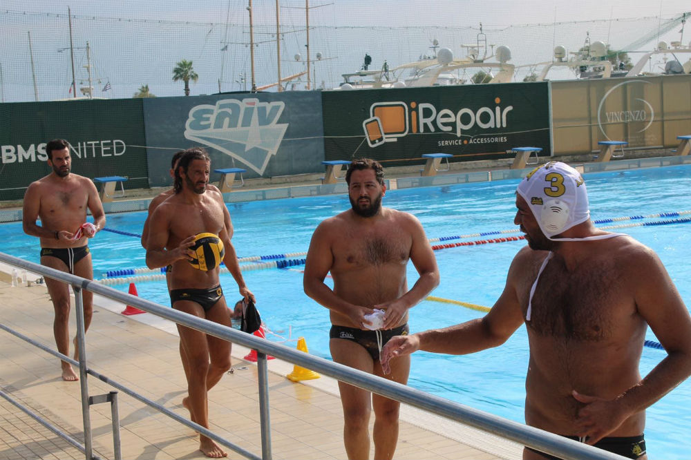 aek-men-waterpolo-team-players-g
