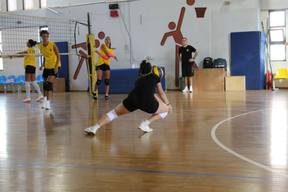 aek-women-volley-
