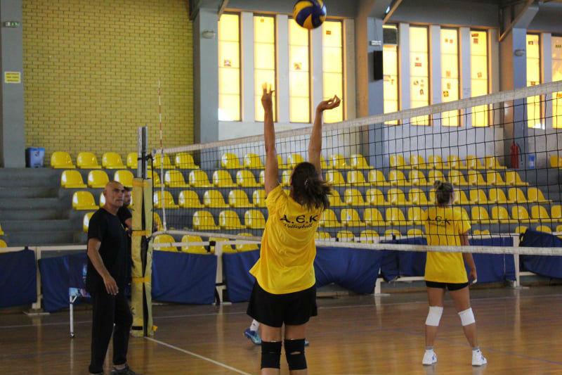 aek-women-volley-111111111111111