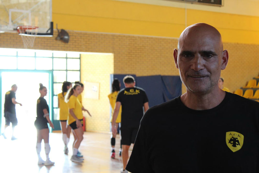 aek-women-volley-arseniadis11