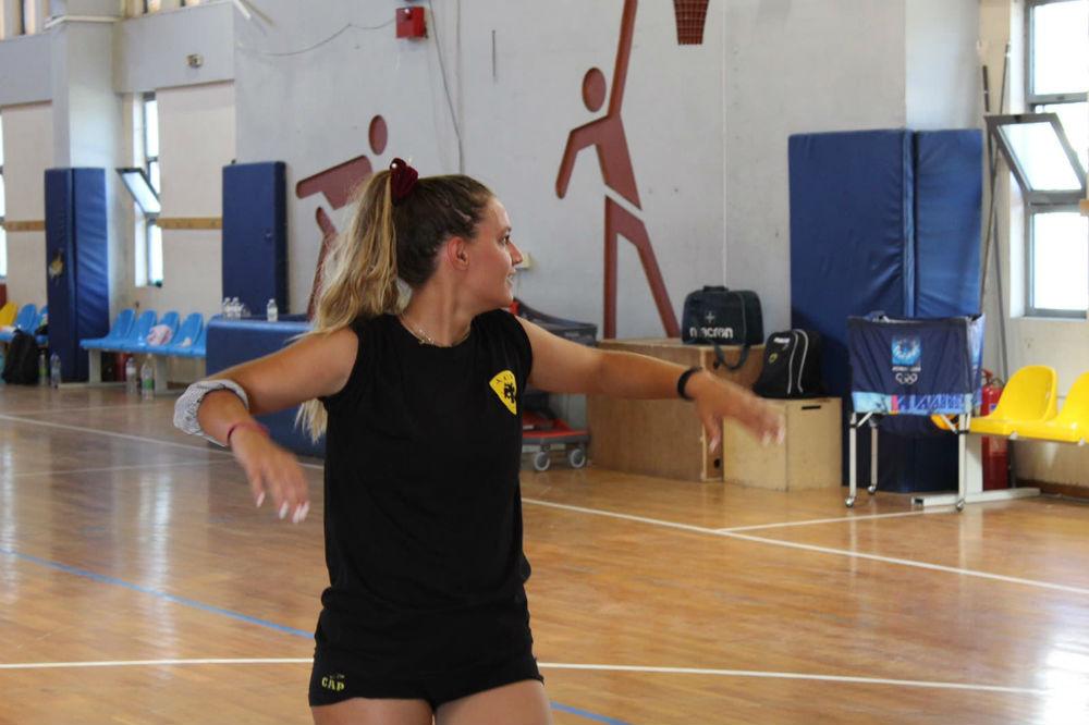 aek-women-volley-mpelia1
