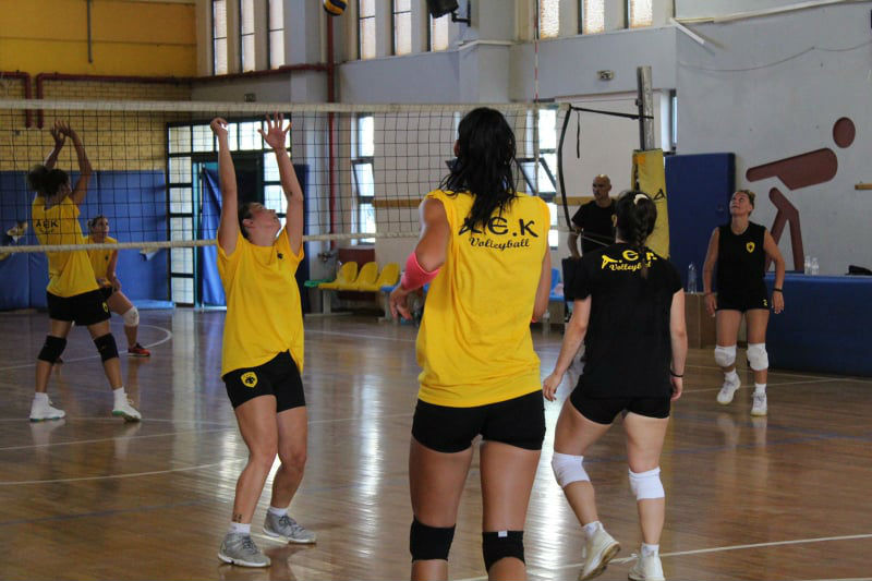 aek-women-volley-play-proponisi1